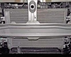 Снятие и установка Радиатора на Рено Дастер